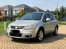 Banten, Suzuki SX4 X-Over 2009 kondisi terawat