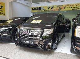 Dijual cepat Toyota Alphard G ATPM 2016 Hitam, Jawa Timur