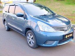 Dijual cepat mobil Nissan Grand Livina SV AT 2017 di Tangerang Selatan