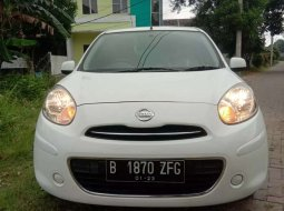 Mobil Nissan March 2012 1.2 Manual dijual, Jawa Barat
