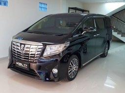 Dijual cepat Toyota Alphard 2.4L G ATPM 2016 di Jawa Timur