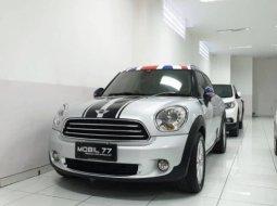 Dijual cepat mobil MINI Countryman Cooper R60 2012 di Jawa Timur