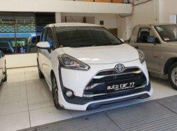 Jual Cepat Mobil Toyota Sienta Q 2016 di Jawa Timur