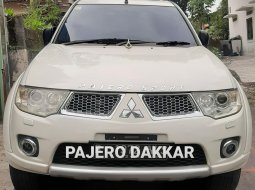 Jual Mobil Bekas Mitsubishi Pajero Sport Dakar 2012 di DIY Yogyakarta