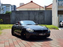 Dijual cepat mobil BMW Z4 sDrive20i Coupe 2014 di Jawa Timur