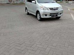 Jual cepat Toyota Avanza G 2006 di Jawa Tengah
