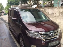 Mobil Nissan Serena 2013 Highway Star terbaik di DKI Jakarta