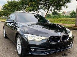 Jual Mobil Bekas BMW 3 Series 320i F30 SPORT LCI 2016 di Tangerang