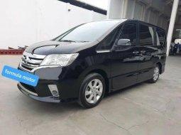 Dijual Mobil Nissan Serena Highway Star 2015 di Bekasi