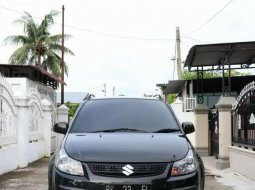 Mobil Suzuki SX4 2010 Cross Over terbaik di Sumatra Utara
