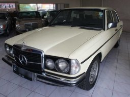 "Jual Mobil Bekas Mercedes-Benz ""Tiger"" 280 W123 thn 1979 area Sleman, Yogyakarta"