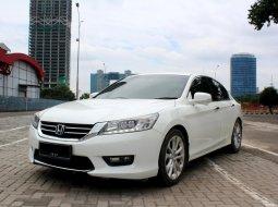 Jual Mobil Honda Accord VTi-L 2015 Putih di DKI Jakarta