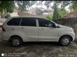 Dijual cepat mobil Daihatsu Xenia X STD 2017 di Jawa Tengah
