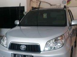 Dijual cepat mobil Daihatsu Terios TX 2012 di Bekasi