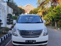 Jual Mobil Bekas Hyundai H-1 2.5 MT Diesel 2013 di Surabaya