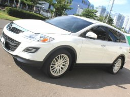 Dijual Mazda CX-9 3.7 NA AT 2011 Putih Kondisi Bagus Siap Pakai, DKI Jakarta