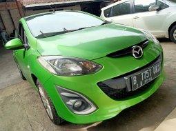 Dijual cepat mobil Mazda 2 R at 2014 di Bekasi