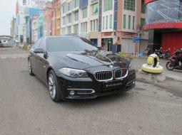 Dijual mobil BMW 5 Series 520i 2014 terbaik di DKI Jakarta