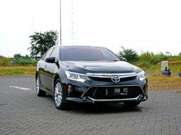 Jual Mobil Toyota Camry Hybrid Sedan 2.5 AT 2017 di Surabaya