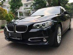 Jual cepat mobil BMW 5 Series 528i 2014 di DKI Jakarta
