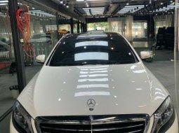 Mercedes-Benz S-Class S 400 L AT V222 2015 di DKI Jakarta