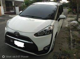 Dijual Mobil Toyota Sienta G 2017 di Sumatra Utara