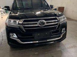 Dijual mobil bekas Toyota Land Cruiser 4.5 V8 Diesel, Jawa Timur