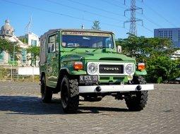 Dijual Mobil Toyota Land Cruiser Canvas FJ40 Jeep Bensin Jip Hijau 1979 Surabaya