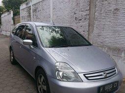 Dijual Mobil Bekas Honda Stream 1.7 2003 di DI Yogyakarta