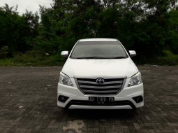 Jual Toyota Kijang Innova E 2.5 diesel 2014 di DI Yogyakarta