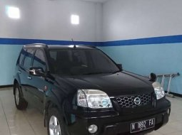 Jual Nissan X-Trail 2004 harga murah di Jawa Timur