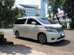 Dijual cepat mobil Toyota Vellfire 2.4 Z 2011 di DKI Jakarta
