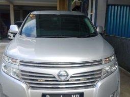 Dijual mobil bekas Nissan Elgrand 3.5 HWS 2011/2012 di DI Yogyakarta