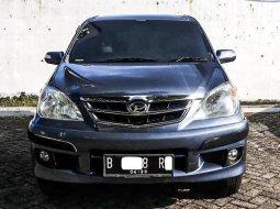 Dijual Mobil Bekas Daihatsu Xenia Xi 2009 di Depok