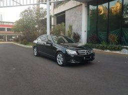 Dijual Mobil Mercedes-Benz C-Class C200 Avantgarde CGI 2010 AT Hitam, DKI Jakarta