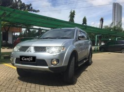 Dijual Mobil Mitsubishi Pajero Sport Dakar 2011 Terawat di DKI Jakarta