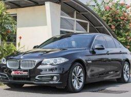 Dijual Mobil BMW F10 5 Series 520i Modern Facelift 2014, DKI Jakarta