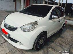 Dijual Mobil Daihatsu Sirion M AT 2014 di Bekasi