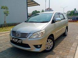 Dijual Mobil Toyota Kijang Innova 2.0 G Manual 2012 di Bekasi