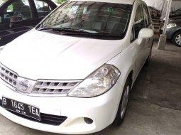 Dijual Mobil Nissan Latio 1.6 Manual 2010 Sedan di Jawa Timur