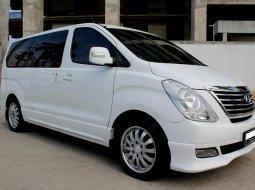 Dijual Mobil Hyundai H-1 Royale Bensin 2014 Putih, DKI Jakarta