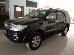 Jual Mobil Toyota Fortuner G DSL 2.5 AT 2011 Good Condition, Bekasi