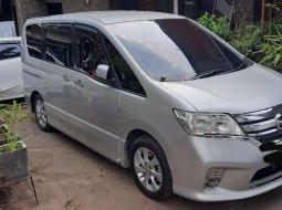 Mobil Nissan Serena 2014 Highway Star dijual, Jawa Barat