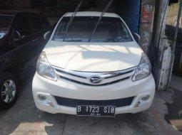 Dijual Mobil Daihatsu Xenia R 2014 Terawat di  Bekasi