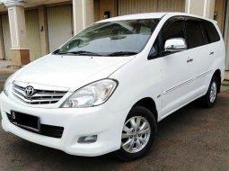Dijual Mobil Toyota Kijang Innova V 2011 di Bekasi