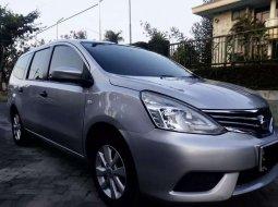 Mobil Nissan Grand Livina 2016 SV dijual, Jawa Timur