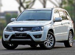 Dijual Mobil Bekas Suzuki Grand Vitara 2.4 2012 di Tangerang