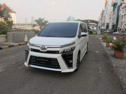 Dijual Cepat Toyota Voxy 2018 di DKI Jakarta