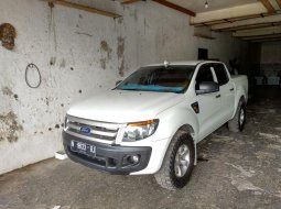 Dijual Mobil Ford Ranger 2.2 Double Cabin 2012 Terawat di Jawa Timur