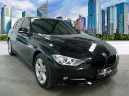 Jual mobil BMW 3 Series 320i 2014 , Kota Surabaya, Jawa Timur